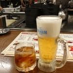もつ処 やまり - 梅酒とビール