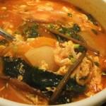 和 はなれ - スープは野菜がメイン