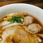 松戸中華そば 富田食堂 - 鶏出汁美味しい