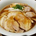 松戸中華そば 富田食堂 - 料理写真:純粋金華豚ワンタンそば