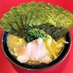 麺童虎徹 - ラーメン700円麺硬め。海苔増し100円。