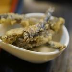 うどん市場 - 煮干しの天ぷら