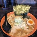 麺や 虎鉄 - 料理写真:豚そば味噌¥830