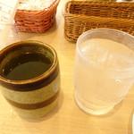 90764882 - お茶と新しいお冷