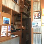YURI - 店内