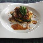 Satoyamakafetasaburousansou - ランチのメイン:夏野菜といわい鶏のミルフィーユ仕立