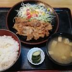 盛月 - 料理写真:焼肉定食(味噌)(800円)