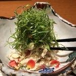 Koshitsuwashokutawaraya - 【季節限定プラン】10品・3時間飲み放題き 税別4,499円の、《鶏と香味野菜の木の実和え》