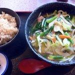 かすみ亭 - お昼のちゃんぽん定食