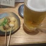 90793336 - 生ビール&どて焼き(玉子とすじ)