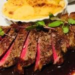 牛サーロイン300gのフレンチ・ステーキ