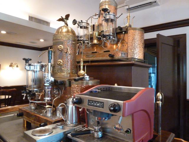 歐林洞 鎌倉本店 - イタリア製のコーヒーマシーン