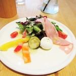 コノフォレスタ  - ランチの前菜。