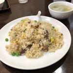 香蘭 - ザーサイ牛肉チャーハン850円 シンプルな味付けだけど、病み付き度をちょっとだけ感じるチャーハンだ。