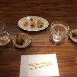 90816176 - 氷室献上(750円)、鏡花dry(500円)、酒肴3種盛(600円)