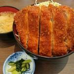 明治亭 - 料理写真:ロースソースかつ丼