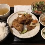 90826739 - とりの黒酢あんかけ定食¥850