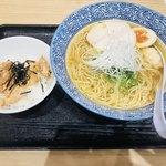 Momokura - 鶏だし中華そば塩セット