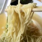 90836605 - 淡麗中華そばの中細ストレート麺