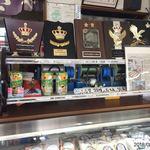 銘菓ささや - 受賞歴、なぜかコアラのマーチも販売