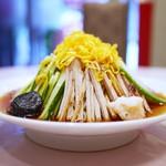 揚子江菜館 - 元祖 冷し中華  横から