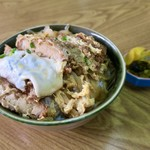 たこつぼ - 料理写真:かつ丼 普通