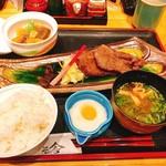 旬彩亭 秀 - 料理写真:牛たん焼き定食