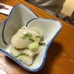 とも恵寿し - お通しが魚介というのも、北海道ならではですねー