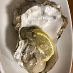 とも恵寿し - 生牡蠣