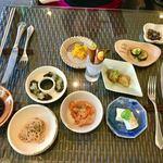 L'ISOLETTA - 前菜は、7種類   華やかですね♬