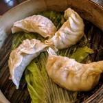 90849386 - 蒸し餃子:日本一重たくて美味しい かざぐるま