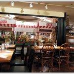 マーケットレストランAGIO - マーケットレストラン AGIO サンシャインアルパ店 (マーケットレストラン・アジオ)の店内