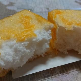 銘菓きみごろも本舗 松月堂 - 料理写真:中は白身のメレンゲでふわふわです♪