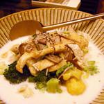 たべごと屋のらぼう - カリフラワーとお揚げのミルク煮浸し ¥950