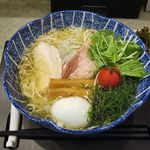SOBA DINING QUATTRO(ソバダイニング クワトロ) - 料理写真:SOBA DINING QUATTRO(海 特製 ~魚海香る塩そば 1,000円)