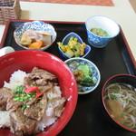 90867101 - 豚骨丼定食