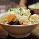 六本木らーめん 東京食品 まる彦 - やさい満菜らーめん 770円