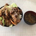 波止場食堂 - 2018年8月12日  かつ丼 700円