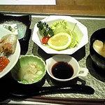 9087251 - 鮭親子丼