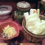 9087310 - 突き出しの酢の物と生野菜