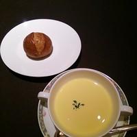 リストランテ イル・モメント-モチモチ美味しいパン(*´∀`)