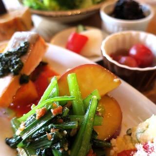 野菜たっぷりの一汁七菜ランチ