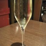 90877785 -                                        スパークリングワイン