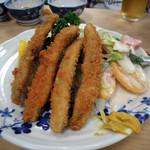 大衆割烹 三州屋 - アジフライ750円