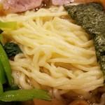 Raamemmanrai - 平打ちウェーブの太麺