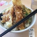 さん天 - 大イカと海老の天丼大盛(¥590+¥100)