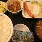 松屋 - ソーセージエッグ定食¥390