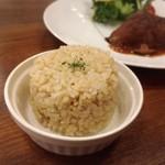 グルテンフリー アンド ビーガンカフェ チョイス - 発芽玄米ごはん(300円)