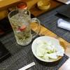 串焼き 道久 - 料理写真:お通しとハイボール