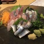 鮮魚料理 角吉 - 刺身三点盛り